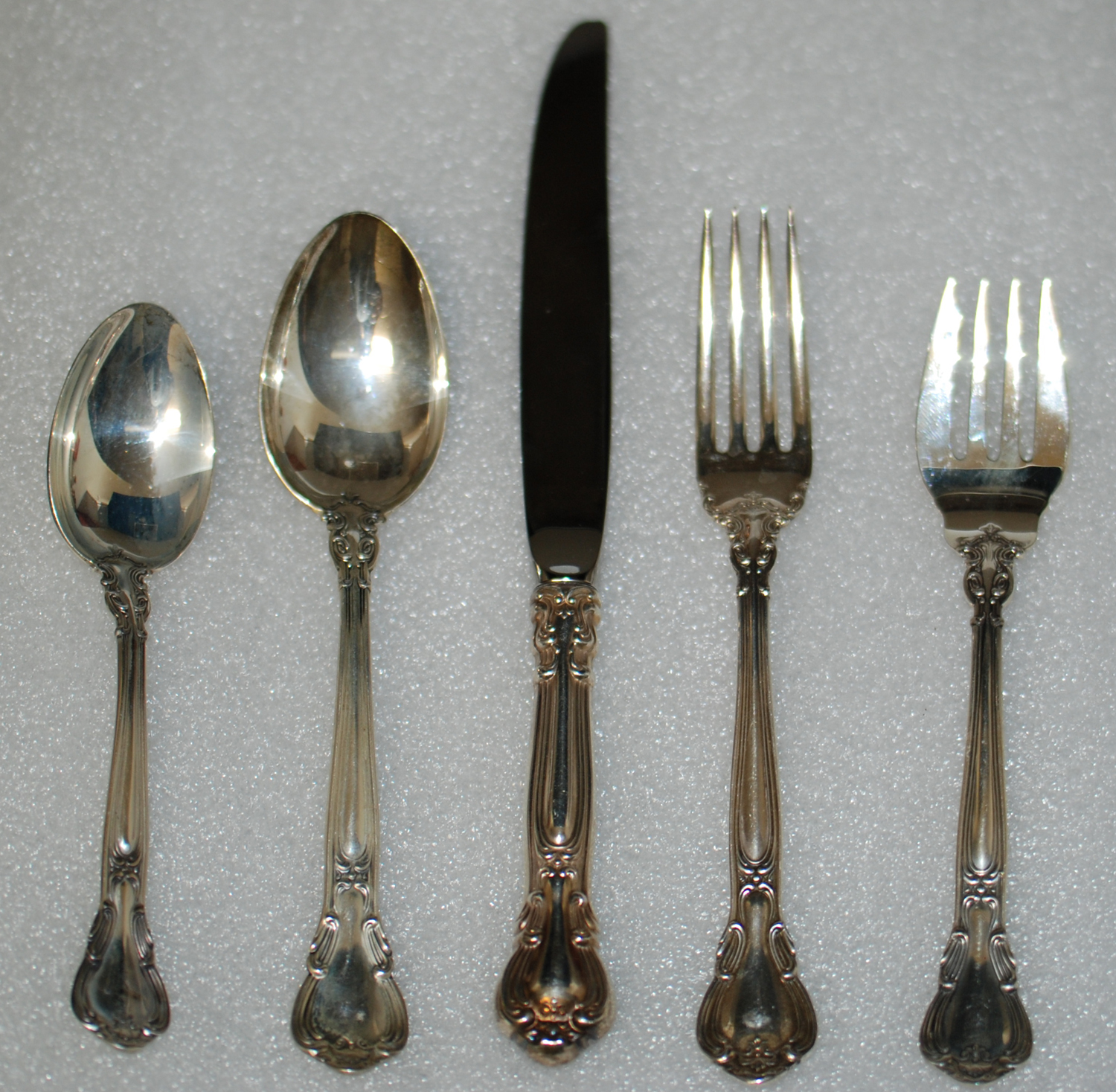 Value of Gorham Chantilly Sterling Silver Flatware: 5 ...