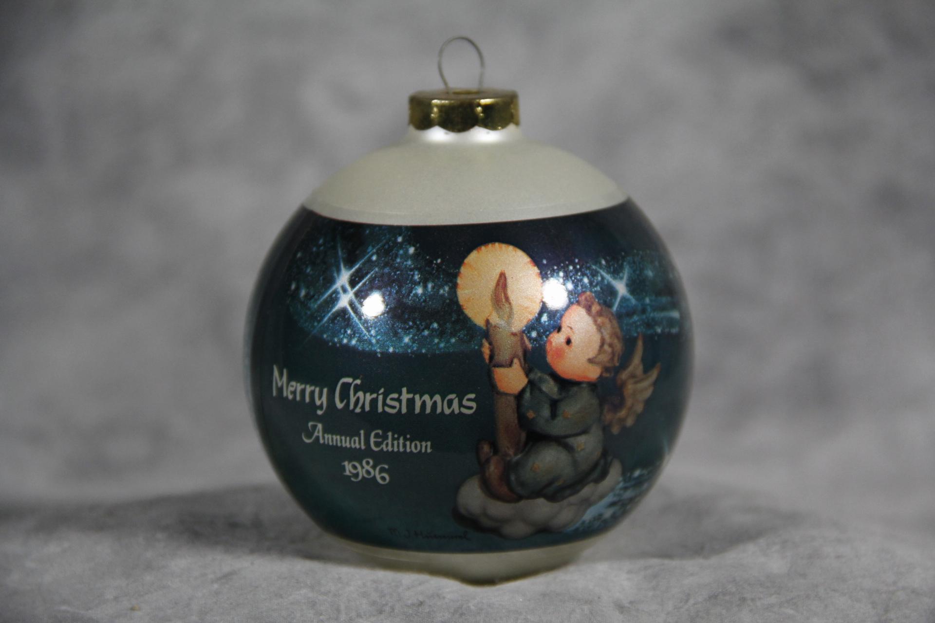 Value of 1986 Hummel MERRY CHRISTMAS Goebel Glass Ornament ...