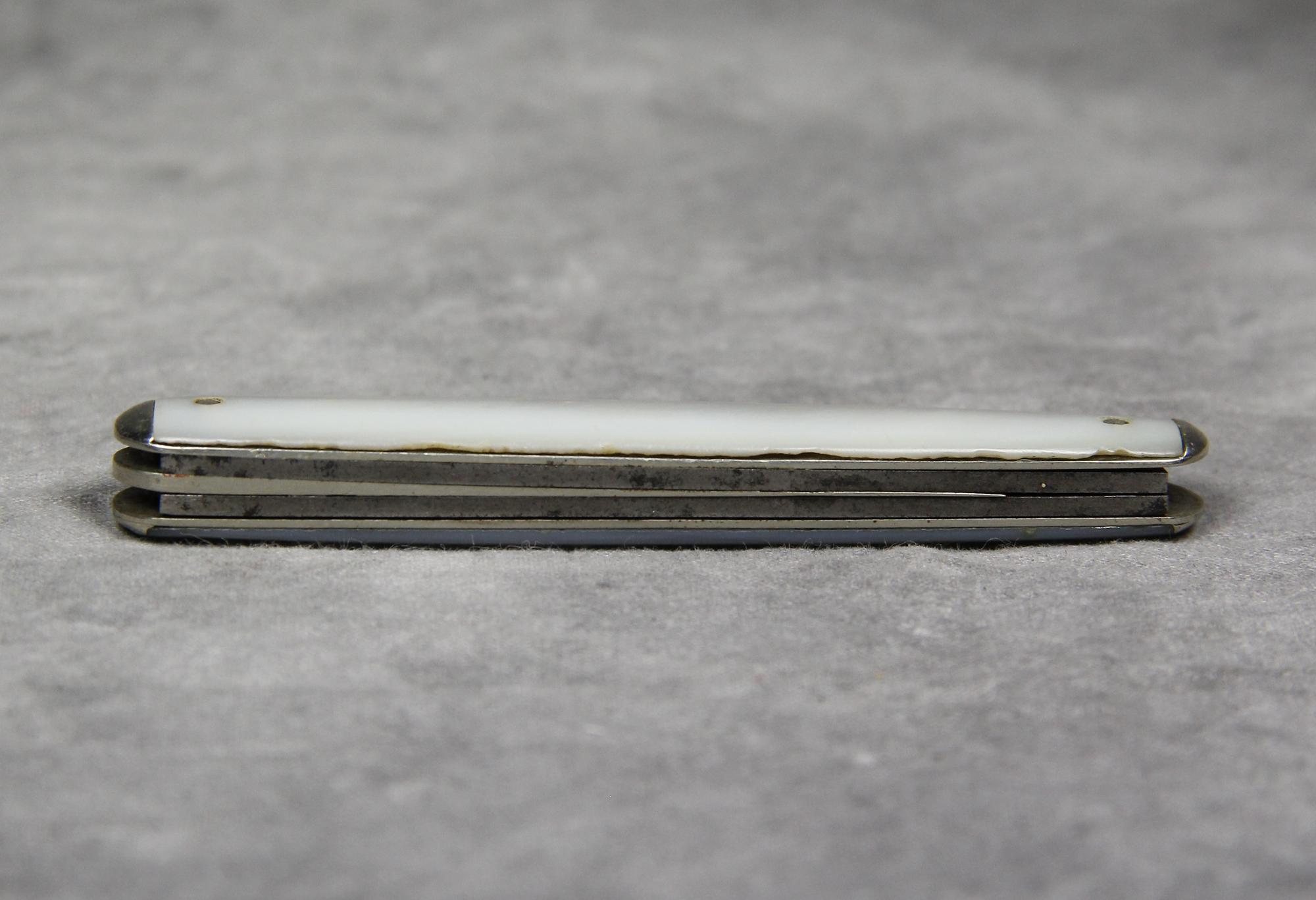 Vintage REMINGTON UMC R6224 Mother of Pearl Whittler Pocket Knife