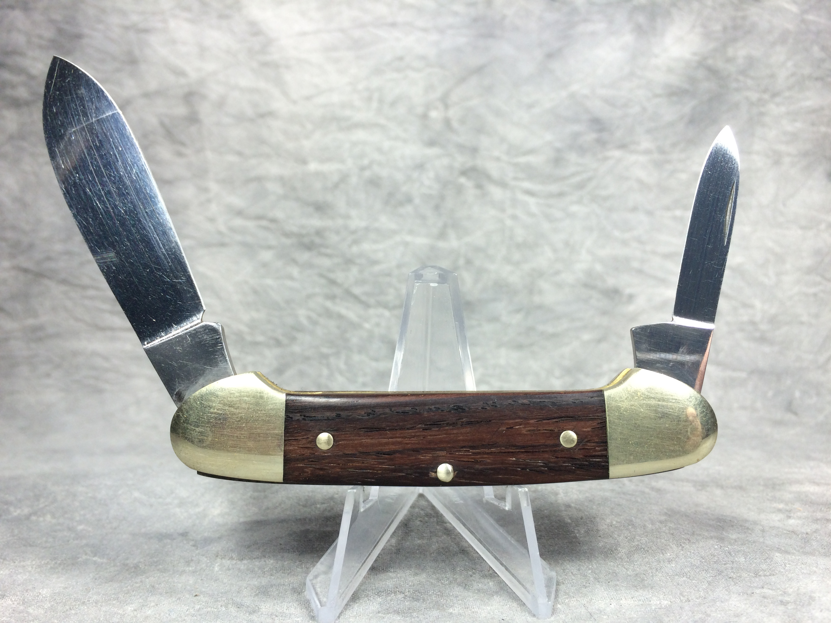 Fight n Rooster Knives