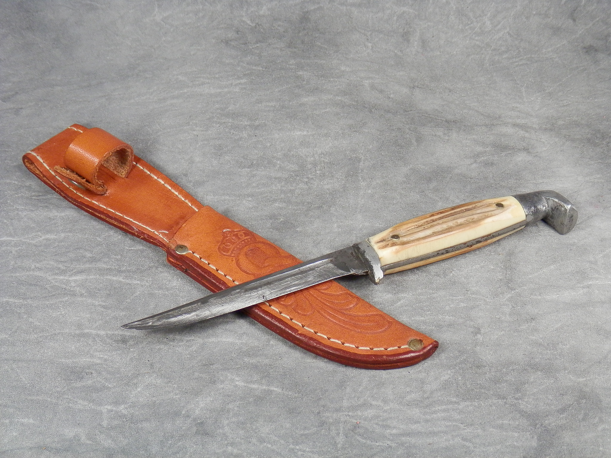 Queen Cutlery Knives for Sale