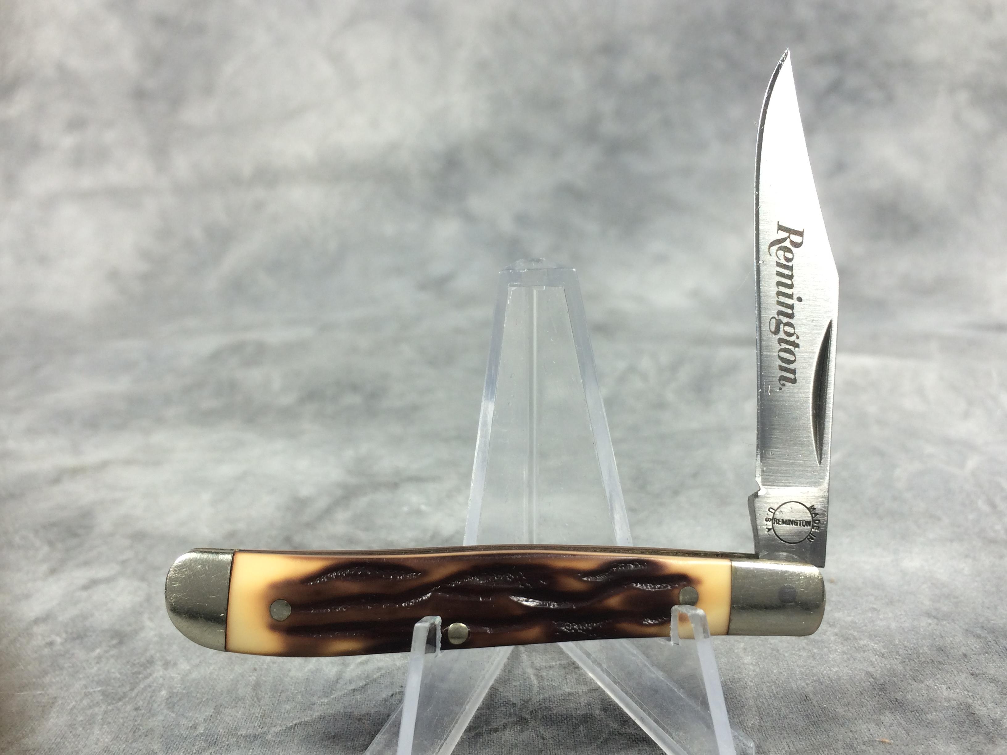 Remington Umc Usa Single Blade Peanut Hunt Fish Vtg Pocket